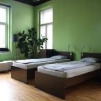 6-bed-dorm-lime-room