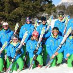 hen-group-skiiing-slovenia