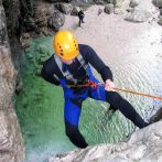 hen-weekend-canyoning